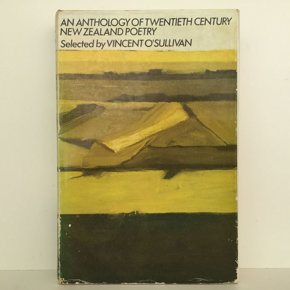 An Anthology of Twentieth Century New Zealand Poetry