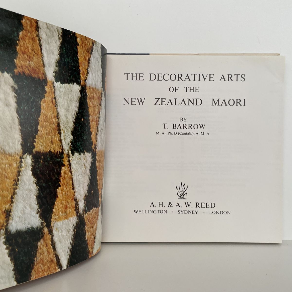The Decorative Arts of the New Zealand Maori