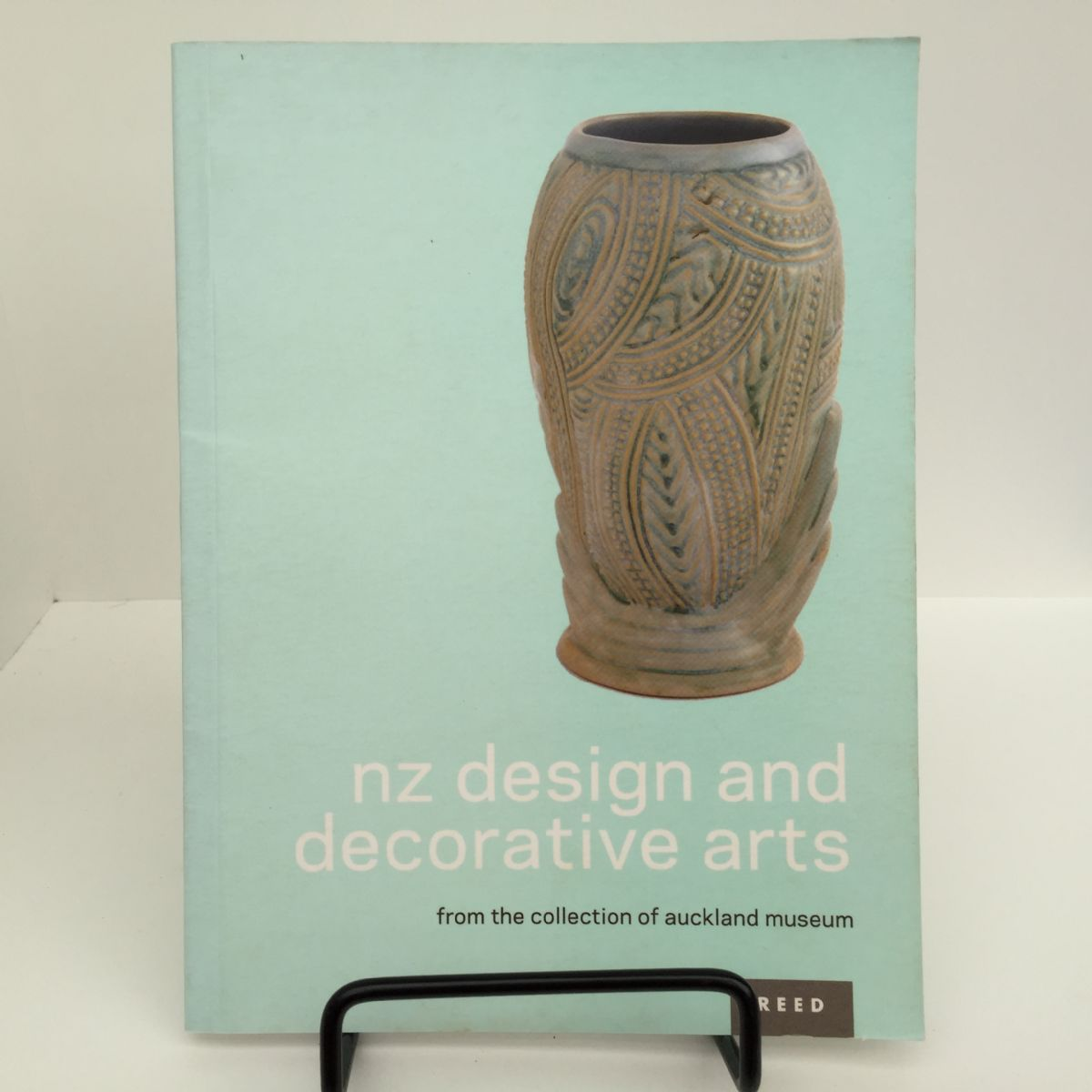New Zealand Design and Decorative Arts