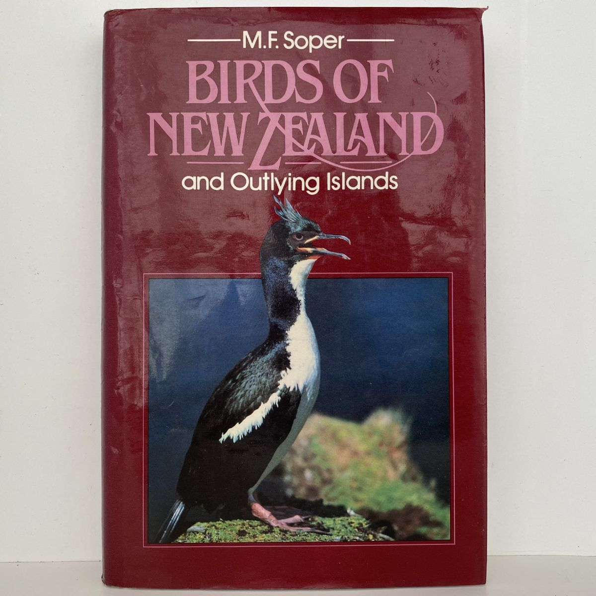 BIRDS OF NEW ZEALAND and Outlying Islands